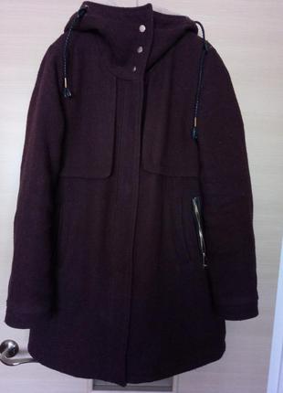 Зимнее теплое пальто pull&bear (цвет марсала)