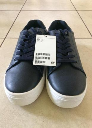 Тёмно-синие  кроссовки от h&m. р.37. новые