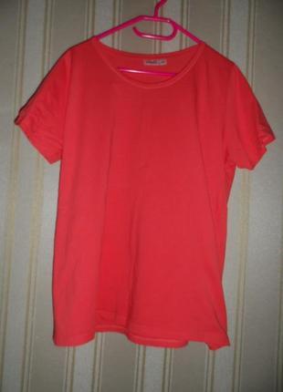 Женская футболка кораллового цвета размер 48-50// 4xl-5xl