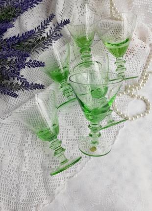 Бокалы коктейльные ссср советские для мартини тонкое зеленое урановое стекло винтаж