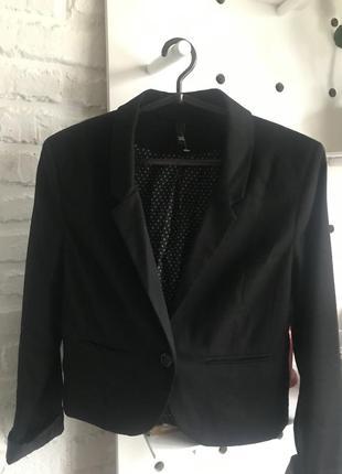 Базовый укороченный пиджак от h&m