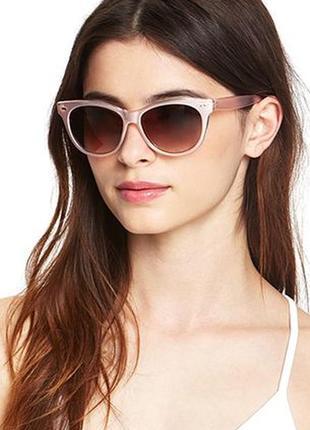 Новые солнцезащитные очки фирмы forever 21