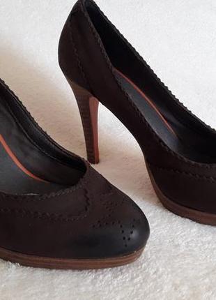 Кожаные туфли фирмы roberto santi p. 38 стелька 24,5 см