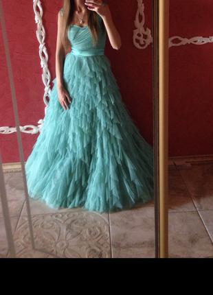 Вечернее платье с фатином