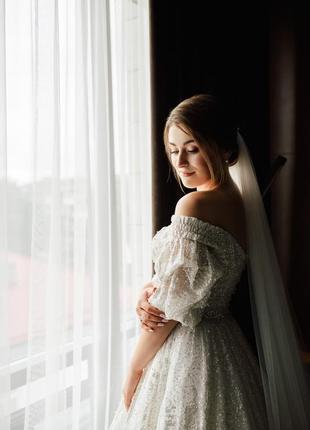 Продам весільну сукню millanova