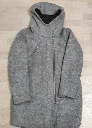 Курточка пальто с капюшоном reserved