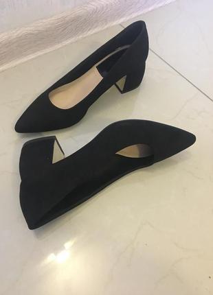 Stradivarius лодочки туфли