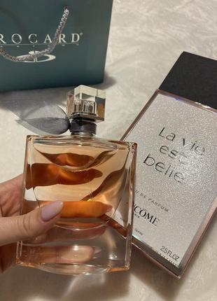 Оригінальні парфуми la vie est belle