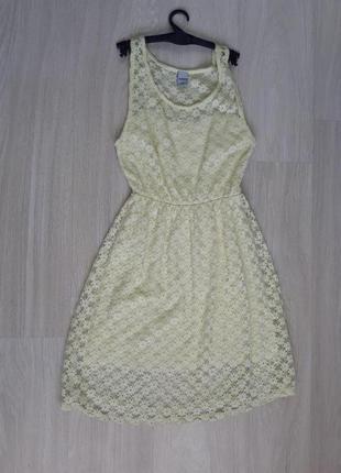 Кружевное нежно лимонное платье