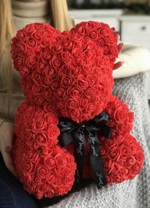 Червоний ведмедик з троянд 40 см