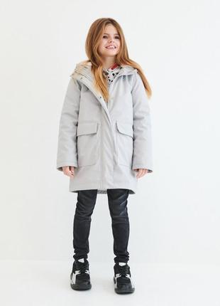 Куртка пальто rezerved оригінал на дівчинку р.146