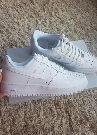 Nike air forse белоснежные кроссовки