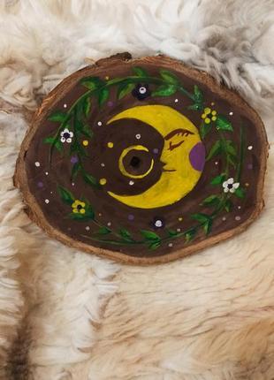 Картина на срезе дерева цветы луна месяц