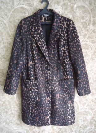 Красивое,модное,практичное фирменное демисезонное пальто