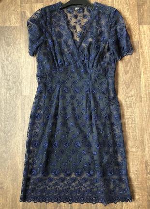 Кружевное платье с отдельной майкой-комбинацией-подкладкой