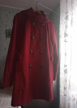 Демисезонная курточка с капюшоном  р.50