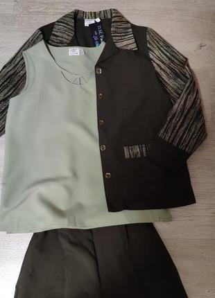 Стильный костюм тройка,брюки,блуза, жакет