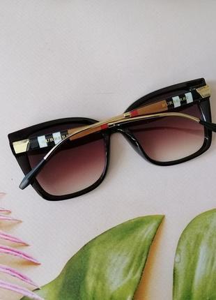 Стильные брендовые женские очки лисички с красивыми дужками