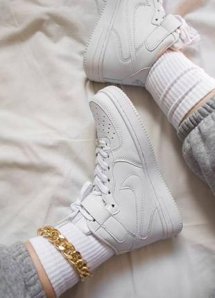 Белые кроссовки винтажные кеды белые nike air force жіночі кросівки білі