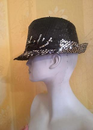 Новая шляпа с поедками.
