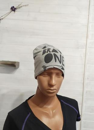Супер классная шапочка на флиске
