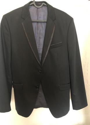 Фирменный пиджак s.oliver