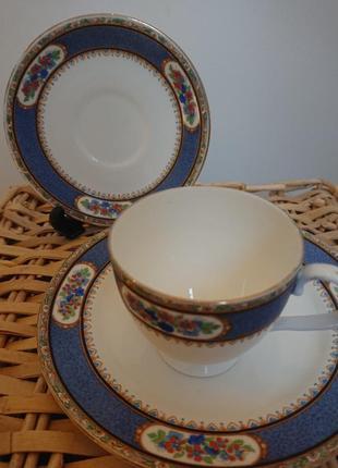 Чашка кофейная с блюдцем и тарелкой
