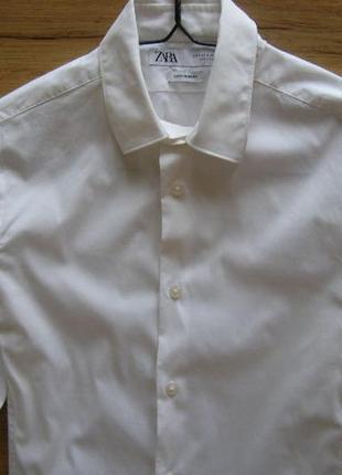 Zara мужская рубашка белого цвета s размер