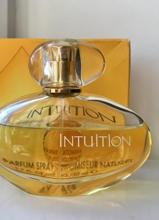 Estée lauder intuition