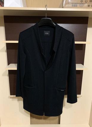 Guess, оригинал фирменный  пиджак