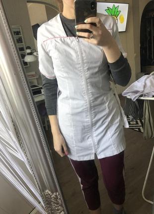 Медицинский халат короткий