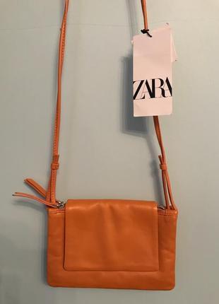 Кожаная сумочка zara