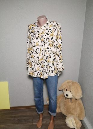 Актуальная оверсайз блузочка