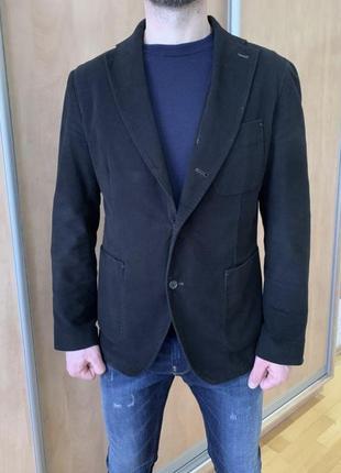 Стильный пиджак фирмы hugo boss, оригинал, uk 56р.