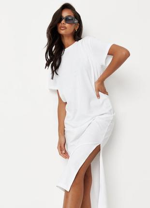 Стильное платье футболка с разрезом missguided