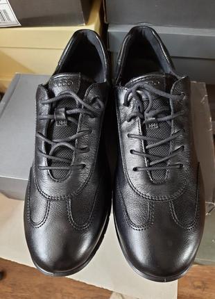 Спортивные туфли-кроссовки ecco,индонезия