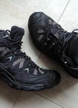 Ботинки salomon р42,стелька 27см