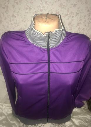 Спорт куртка размерs-m