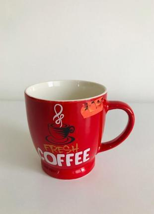 Чашка, кружка, красная маленькая чашка.