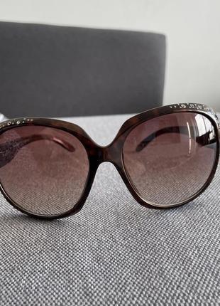 Леопардовые солнцезащитные очки со стразами new look