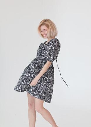 Платье мини в мелкий цветочный принт