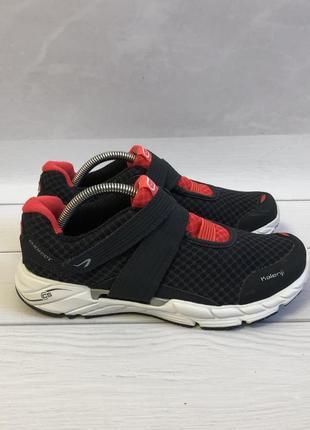 Оригінальні кросівки kalenji