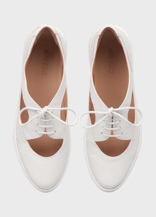 Arezzo женские белые кожаные туфли на шнурках