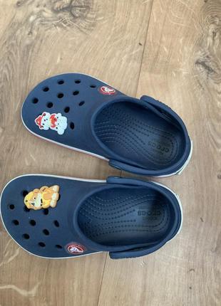 Crocs c 8