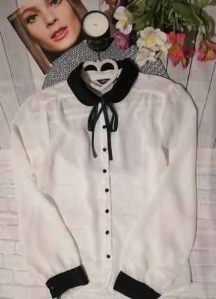 Прозрачная белая рубашка блузка с чёрным с бантом