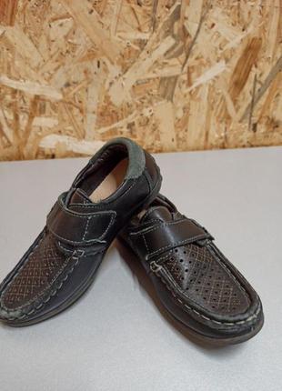Туфлі святкові на хлопчика в 27 розмірі