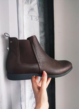 Мужские челси- ботинки!состояние-новые!р-44 по ст.-29,5см!бренд-jack&jones