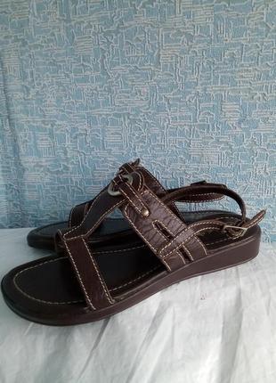 Кожаные сандалии босоножки англия vivaladiva eee