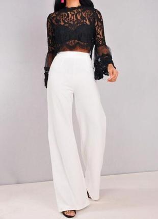 Суперские белые брюки палаццо  от river island