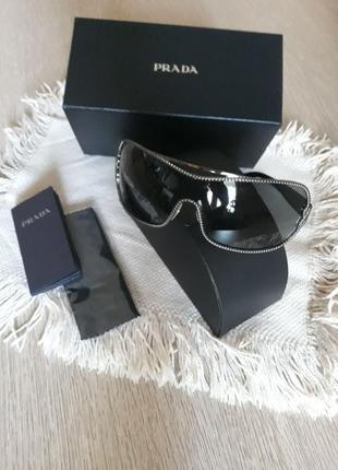 Женские солнцезащитные фирменные очки prada
